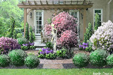 Garden design:gently and subtly ....