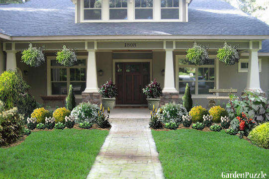 Craftsman style home gardenpuzzle online garden for Craftsman landscape design ideas